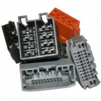 i-sotec AD-0102B Fahrzeugspezifischer Radio-Adapter US Fahrzeuge